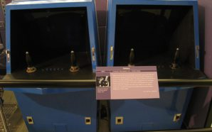 800px-Galaxy_Game_1971_first_arcade_game